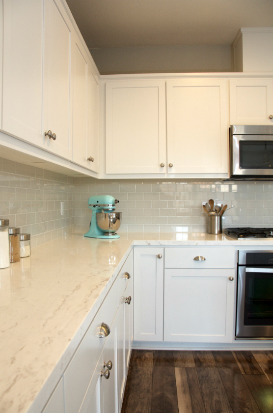 White marble counter top with subway tiles